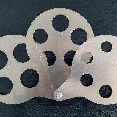 rucni kalibrator za kontrolu velicine sitnog voca 18 32 mm